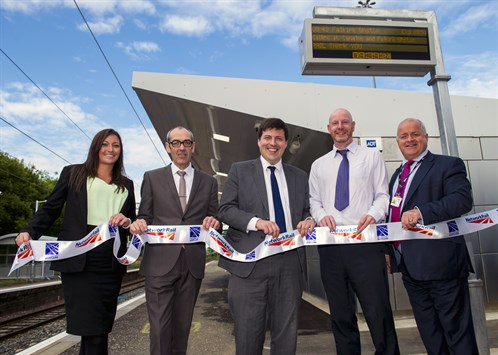 Station redevelopment project team with Jamie Hepburn