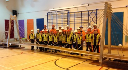 Linlithgow Bridge Primary pupils with EGIP engineers